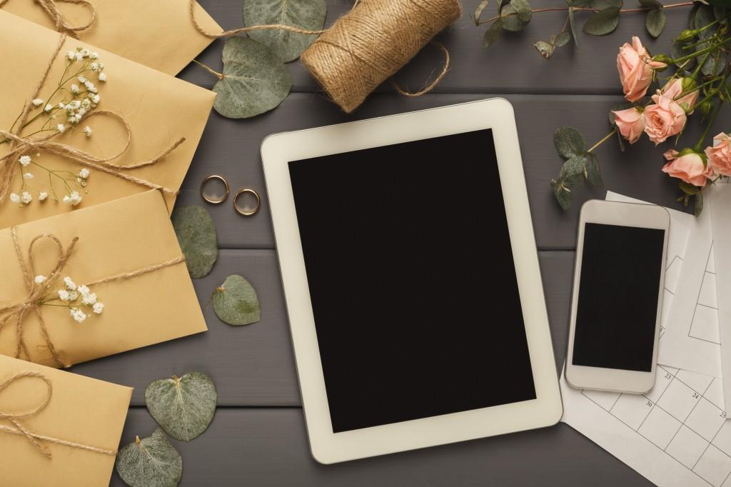 create wedding invites online